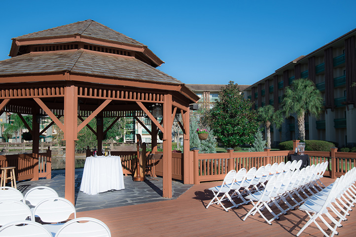 SOGweb_wedding_gazebo2_722.jpg