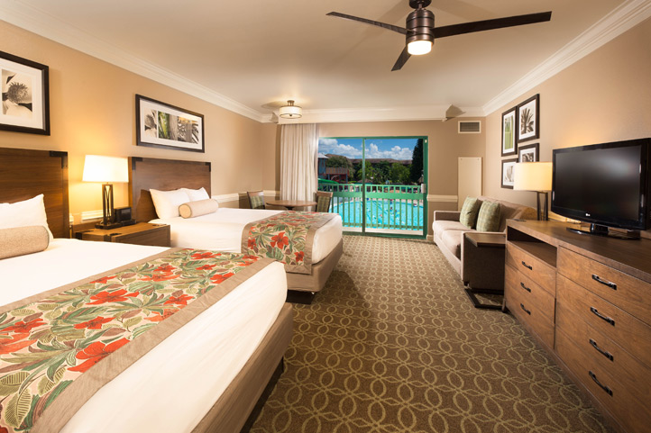 Poolside Room & Poolside Room :: Shades of Green