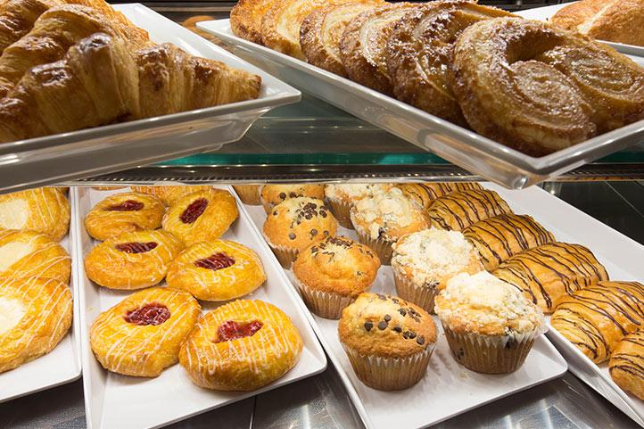 SOGweb_dd_express-pastries_722.jpg
